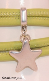 Stars on Colourz lime leren armband met ster bedel