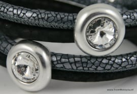 Handgemaakte leren armband zwart en zilver leer met swarovski