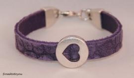 Handgemaakte leren meisjes armband paars snake met hart