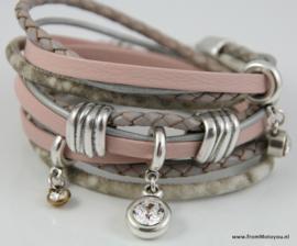 Handgemaakte leren armband zacht roze met grijs diverse bandjes