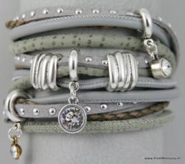 Handgemaakte leren armband zwart grijs en groen leer diverse bandjes