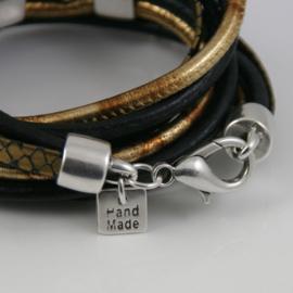 Leren wikkelarmband zwart met goudkleurig leer met hangers