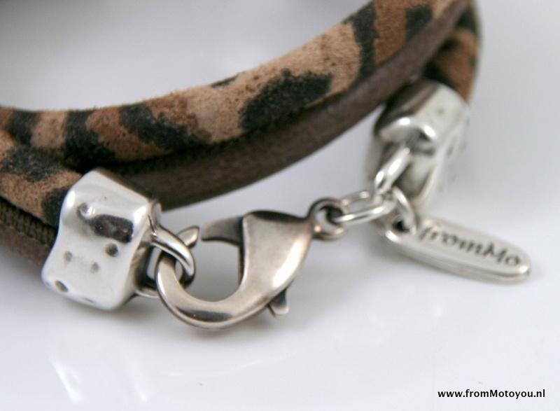 Handgemaakte leren armband luipaard print leer en taupe leer