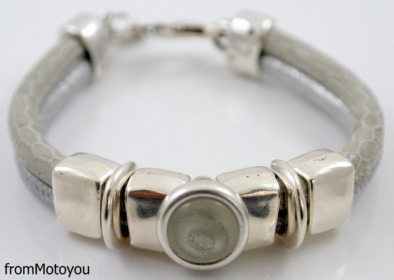 Handgemaakte dames armband leer zilver en snake grijs leer