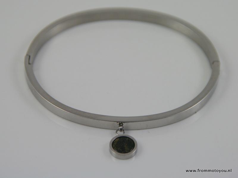 Stalen armband met hanger met steentje