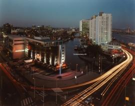 Fotobehang. Rotterdam bij avond