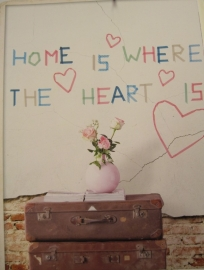 Eijffinger Wallpower Wonders Behang 321556 Home is were the heart is/Tekst/Kinderkamer Fotobehang