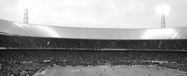 Fotobehang. Feijenoord de Kuip Panorama Grijs Supporters