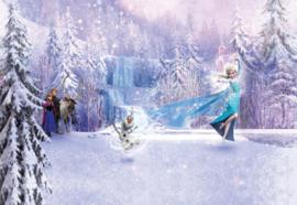 Noordwand/Komar Disney Edition4 Fotobehang 8-499 Frozen Forest/Sneeuw/Elsa/Anna/Olaf/Kristoff/Kinderkamer Behang