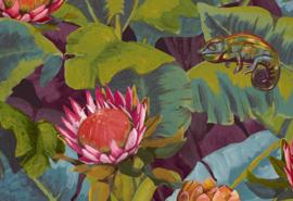 Hookedonwalls Breeze Behang BR24091 Amazones/Bloemen/Planten/Kameleon