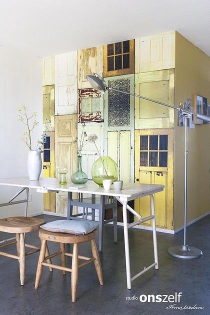 Onszelf Loft Fotobehang. OZ3715 Loft/Panelen/Landelijk/Vintage/Deuren Behang