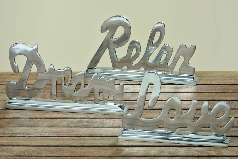 Aluminium letters: Dream-Relax-Love