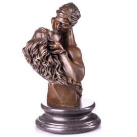 Bronzen kussend liefdespaar beeld