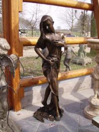 Badende vrouw bronzen beeld