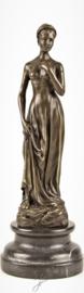 Bronzen beeld elegante vrouw