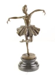 Ballerina meisje bronzen beeld