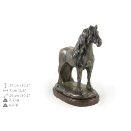 Fries bronzen hengst paard beeld