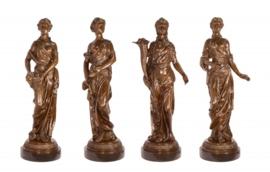 Vier jaargetijden bronzen beelden