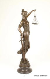 Vrouwe Justitia 98,4 cm brons beeld