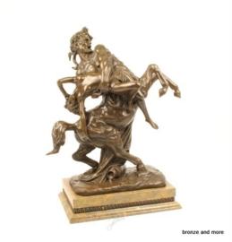Nessus met Hippodamia bronzen beeld