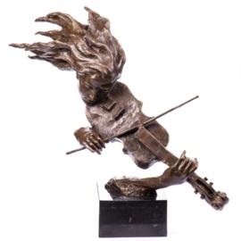 Violiste bronzen beeld