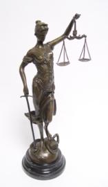 Bronzen vrouwe Justitia 40 cm