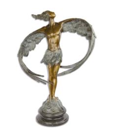 Modern bronzen beelden man en vrouw
