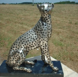 Bronzen cheeta of jachtluipaard