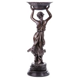 Vrouw met schaal bronzen beeld