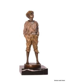 Bronzen beeld fluitende jongen