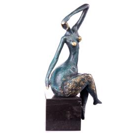 Groen patina bronzen vrouw beeld