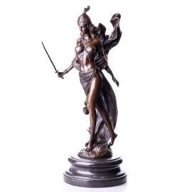 Bronzen vrouwelijke krijger beeld