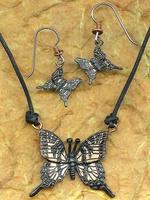 Bronzen vlinder ketting met oorbellen