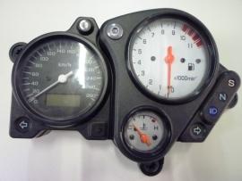 VTR1000 Firestorm Cockpit / Teller