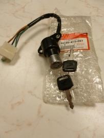 Honda CB /CM 400 Contactslot OEM: 35100-413-007