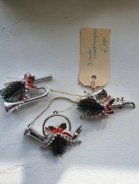 Oude kersthanger, blaasinstrumenten