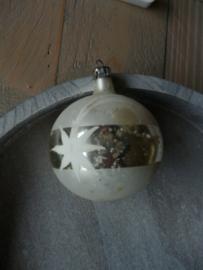 Oude kerstbal zilver, 09