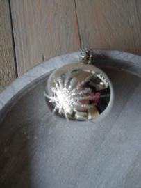 Oude kerstbal zilver, 35