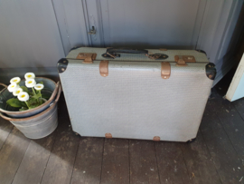Brocante koffer zwart wit
