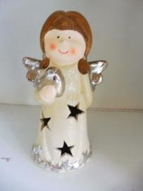Engeltje met licht en hartje