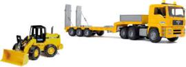 Man vrachtwagen met shovel