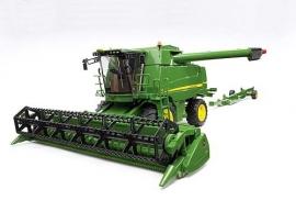 John Deere maaidorsmachine T670i / Combine
