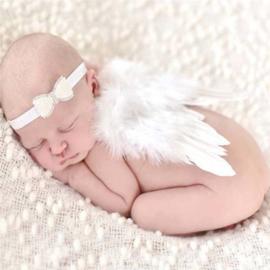 Witte baby engelen vleugels met haarband.