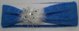 Super zachte blauwe haarband met veren en vlindertje.