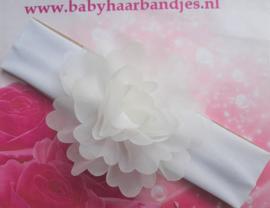 Brede witte baby haarband met grote toef .