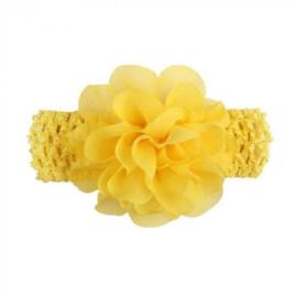 Gehaakte gele baby haarband met chiffon roos.