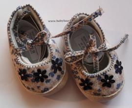 Baby schoentjes blauwe bloemetjes. Maat 56/62