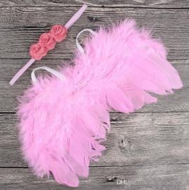 Donker Roze engelenvleugels met bijpassende haarband.