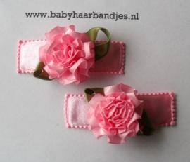 5 cm klikklak speldjes met roze bloem.