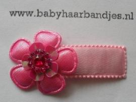 5 cm klik klakspeldje met bloem.